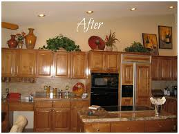 Over Cabinet Lighting For Kitchens Awesome Ideas For Decorating Space Above Cabinets In Kitchen 65 In