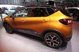 renault captur 2019 2017 renault captur goes under the knife gets new face and features