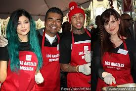 tyga and jenner serve thanksgiving meals for homeless