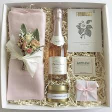 where to buy boxes for gifts 32 best bridesmaids boxes images on be my bridesmaid