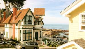 Beach House Rentals Monterey Ca by 3119 Yellow House Guest Sanctuary Vacation Rentals