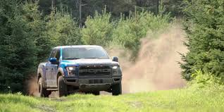 ford raptor jump watch motor trend thrashes an f 150 raptor ford authority