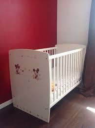 chambre bebe mickey chambre bébé mickey famille et bébé