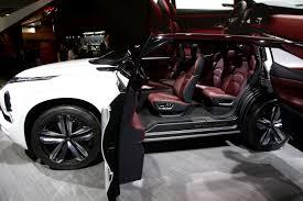 mitsubishi concept 2017 mitsubishi gt phev concept 25 kwh battery 3 electric motors