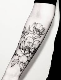 delicate flower tattoos black and white 1000 geometric tattoos