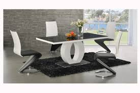 Magnificent White And Black Modern Dining Room Sets Lovely Amazing - Black and white contemporary dining table