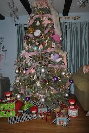 35 best alice and wonderland themed christmas trees images on