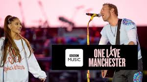 apple martin and chris martin chris martin and ariana grande don u0027t look back in anger one