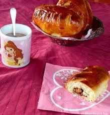 la m馘ecine passe par la cuisine petits pains au lait au chocolat noisettes comme une brioche au