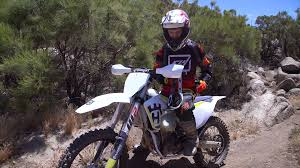 husqvarna motocross bikes video 2017 husqvarna fx 450 review dirt rider
