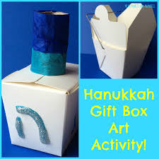 mini monets and mommies hanukkah dreidel craft for kids