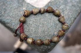 bracelet rosary eucalyptus seeds tibetan buddhist prayer mala buddha