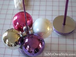 tabletop ornament tree using a knitting needle