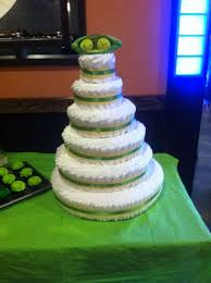 Two Peas In A Pod Centerpieces by 10 Best Two Peas In A Pod Twin Baby Shower Images On Pinterest