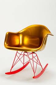 pinterest u0027teki 25 u0027den fazla en iyi eames rocking chair fikri
