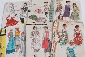 Apron Designs And Kitchen Apron Styles Vintage Sewing Patterns Lot 40s 50s 60s Kitchen Aprons Retro