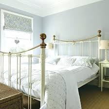 country bedroom decorating ideas blue and white country bedroom biggreen club