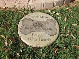 pet memorial garden stones personalized pet memorial step 11 diameter