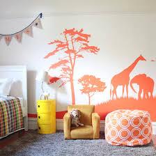 deco chambre d enfant une déco savane dans la chambre de bébé