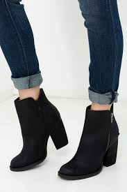 s boots with heels best 25 black boots with heels ideas on black boots