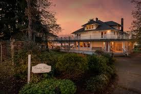 Comfort Inn Port Orchard Wa Cedar Cove Inn Listed By Rsir U0027s Pamela Bellah Is Featured On The