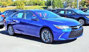 toyota se review 2016 toyota camry se start up review and tour