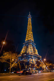 eiffel tower light show eiffel tower light show at night katie s bliss