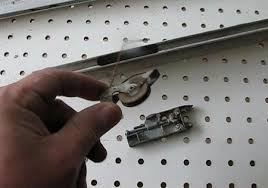 Patio Door Rollers Replacement Your Sliding Door Screen And How To Fix It If It U0027s Broken