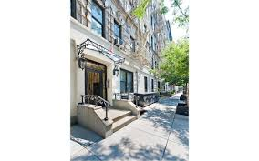 pre war architecture flexible pad with plenty of exposed brick and a terrace asks 985k