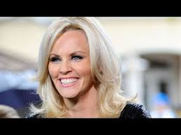 jenny mccarthy view dark hair jenny mccarthy looks unrecognizable with new hair see her