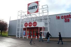 darty bondy siege darty se réorganise et supprime une centaine de postes libération
