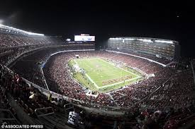how tall are football stadium lights pilots complaint about the blinding lights of san francisco 49ers