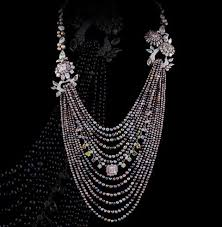 coloured pearls necklace images 251 best black pearl necklaces images black pearls jpg
