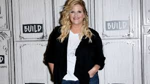 trisha yearwood owes her culinary skills to her family of southern