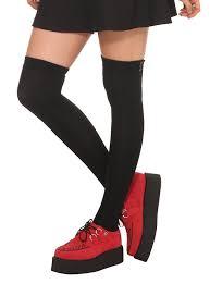 lovesick black the knee socks topic