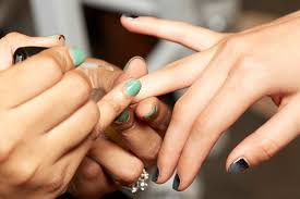 15 tips for the nail salon that will make your manicure last