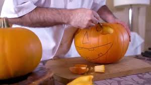 how to carve a classic halloween pumpkin youtube