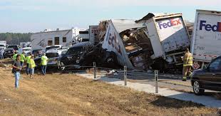 two dead 80 injured in 140 car pileup in texas ny daily news