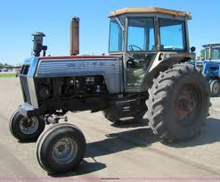 white 2 105 field boss tractor item 8485 sold june 29 a