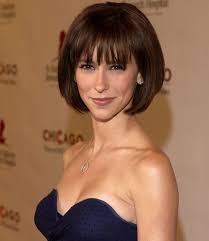 hair style angled toward face haircuts to look younger flattering haircuts and hairstyles