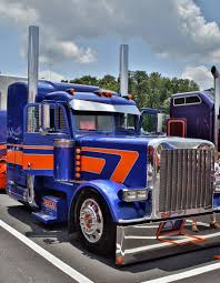 best kenworth truck reigning national champs continue victory streak at 75 chrome shop
