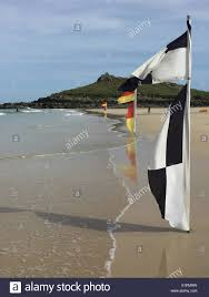 Uk Beach Flags Beach Flags Warning Stockfotos U0026 Beach Flags Warning Bilder Alamy