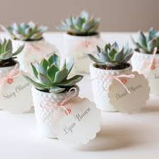 wedding place cards make your wedding place cards memorable avery