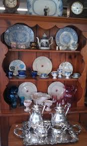 antique shopping utica or rome york