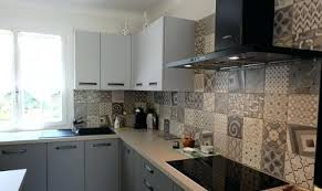 cuisine avec carreaux de ciment cuisine avec carreaux de ciment cuisine credence image de cuisine