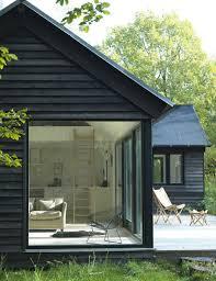 Lake Cabin Kits 27 Modern And Minimalist Prefab Homes Brit Co