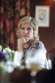 linda reagan hairstyle blue bloods highlights from the fourteenth episode of season 2 of blue bloods