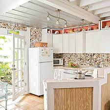 Coastal Cottage Kitchen - 10 beach backsplash ideas sand and sisal