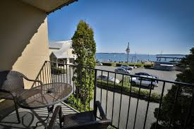 sidney waterfront inn canada booking com
