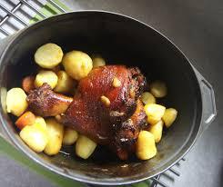 comment cuisiner le jarret de veau recette jarret de veau entier rôti